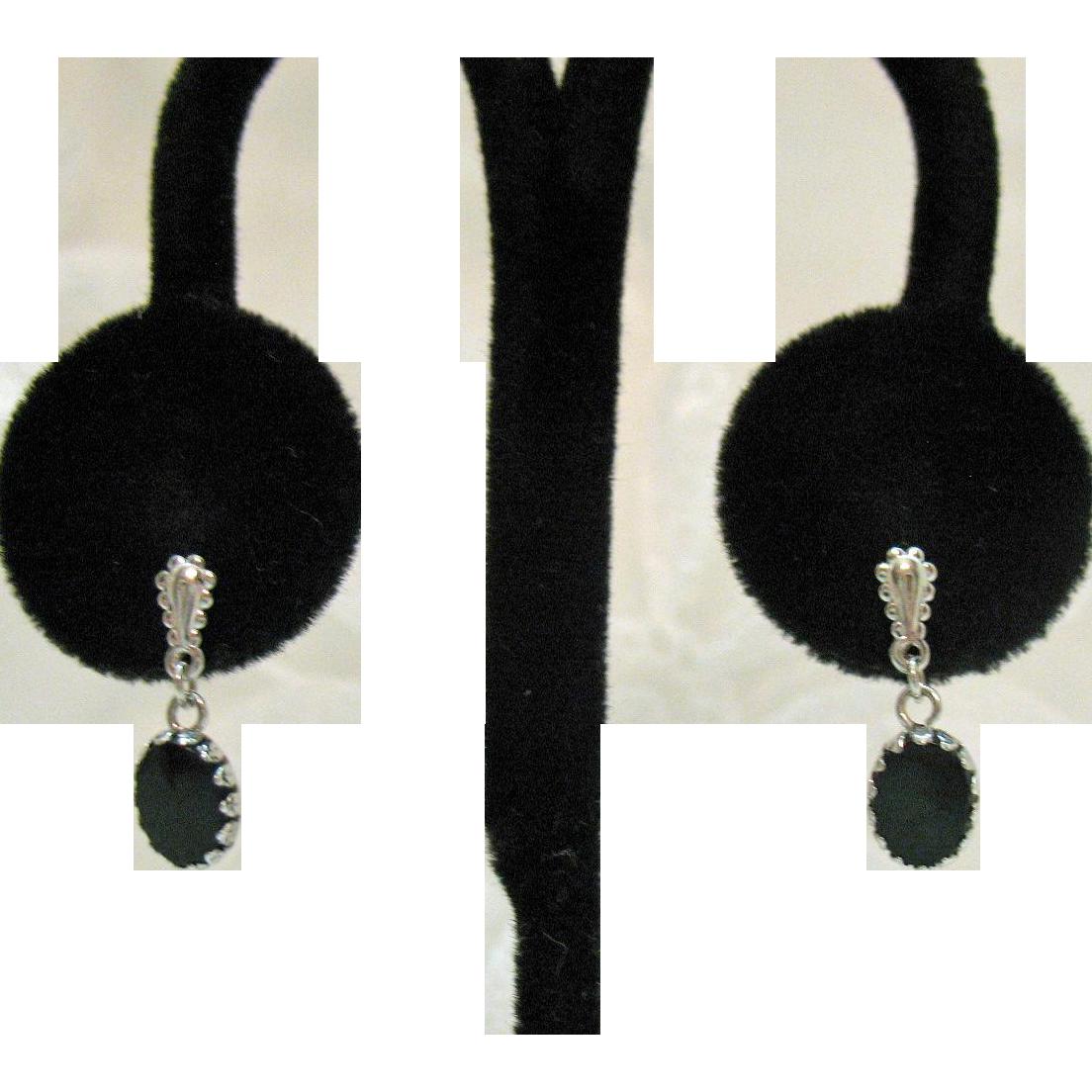 Beautiful Vintage 14K White Gold Onyx Pierced Earrings