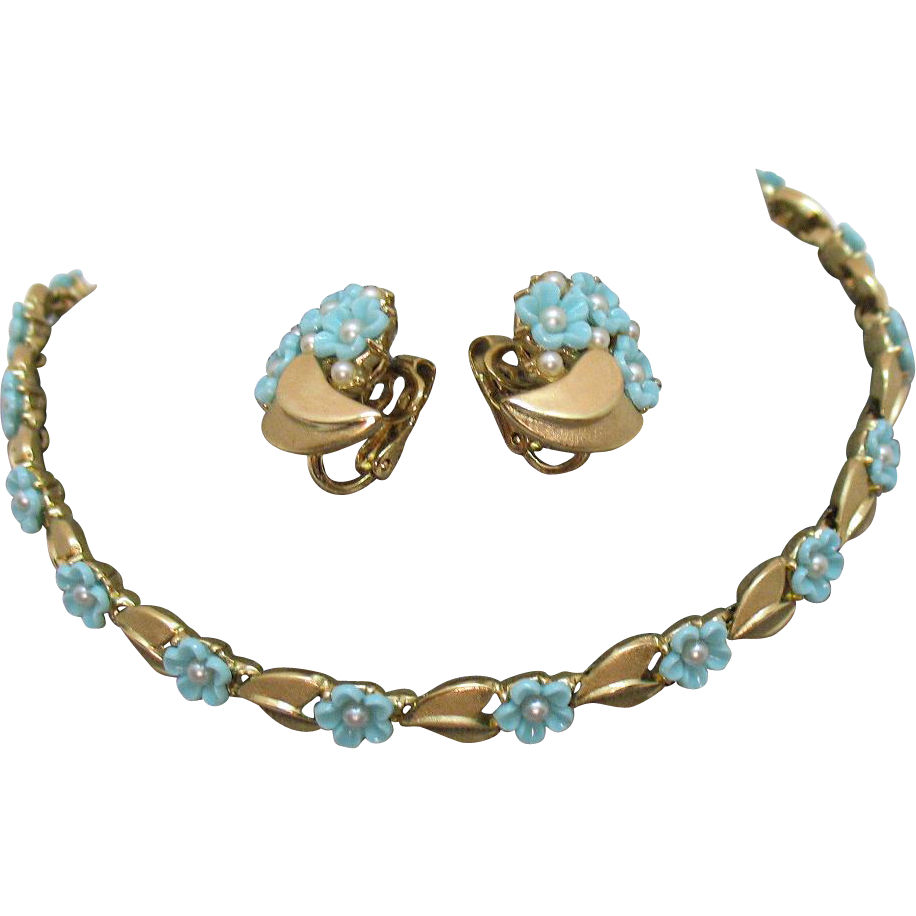 Fabulous Signed Crown Trifari Vintage Molded Turquoise Glass Flower Pearl Necklace Earrings Set
