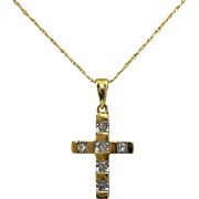 Beautiful Vintage 10K Gold Diamond Cross Pendant Necklace