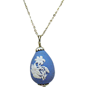 Vintage Signed Wedgewood England Jasperware Lilly Egg Pendant Necklace 1981