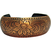 Beautiful Arts and Crafts Period Vintage Floral Etched Copper Cuff Bracelet