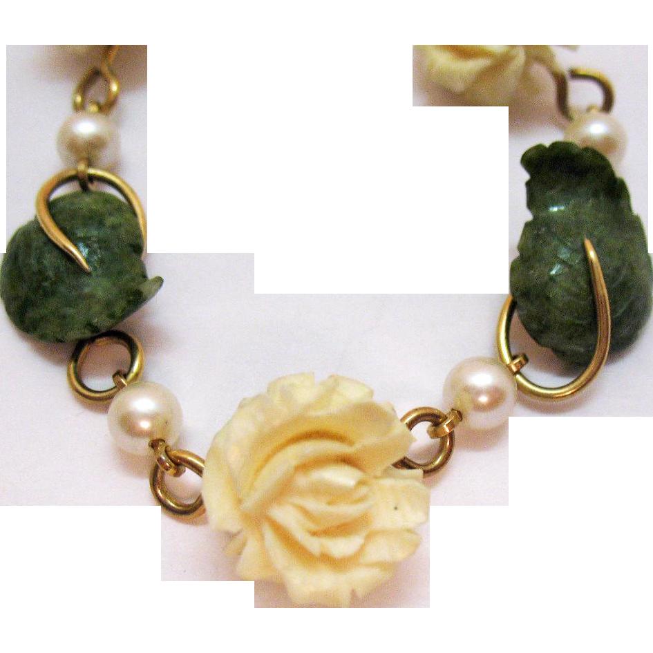 Gorgeous Signed Krementz Vintage Carved White Coral Jade Cultured Pearl Bracelet