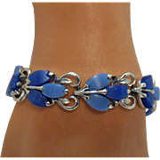 Pretty Signed Coro Vintage Periwinkle Blue Thermoset Bracelet