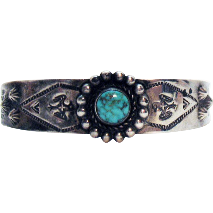 Signed Bell Trading Company Vintage Native American Indian Sterling Story Telling Cuff Bracelet Turquoise Stone