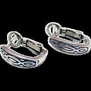 Signed SU 925 Thailand Vintage Etched Sterling Silver Pierced Hoop Earrings
