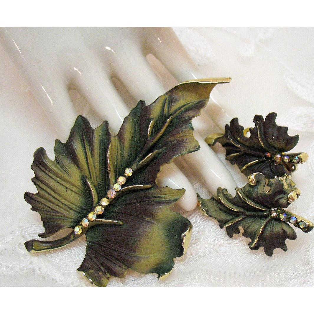 Stunning Enameled Vintage Naturalistic Brooch Earrings Set with Aurora Borealis Rhinestones