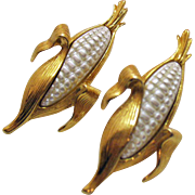 Unusual Vintage Pair of Figural Enameled Gold Tone Corn on the Cob Clutch Pins Brooches