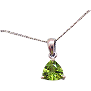 Stunning Vintage Hebei Peridot Gemstone Trillion Cut Signed STS Sterling Silver Necklace