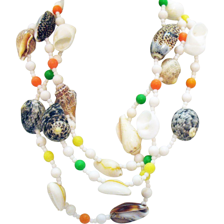 Beautiful Naturalistic Sea Shell Vintage Necklace