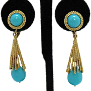 Vintage Signed Avon Faux Turquoise Dangle Clip Earrings