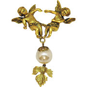 Rare Amazing Vintage 3D Double Figural Cherub Angel Glass Pearl Leaf Brooch