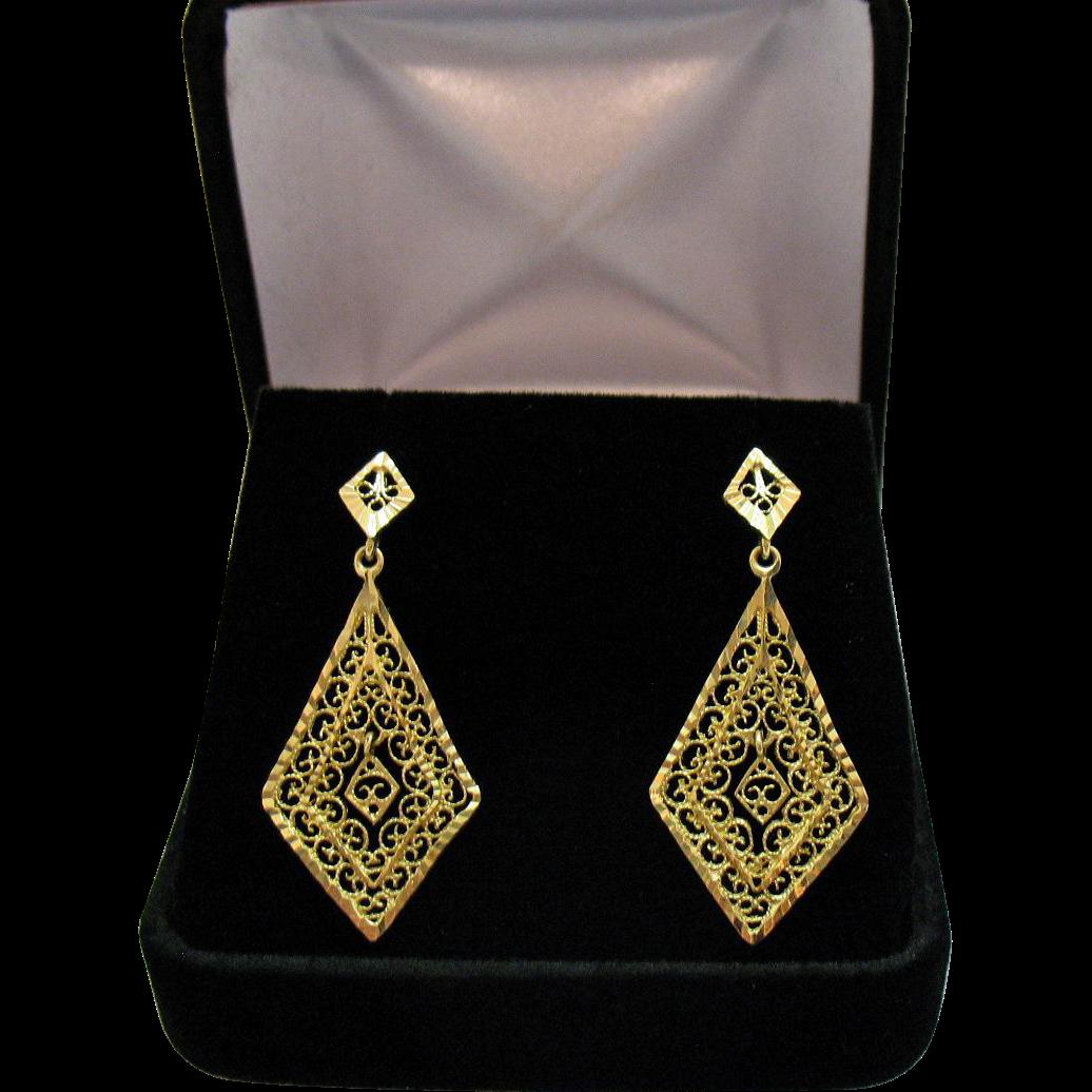 Exquisite 14K Gold Vintage Filigree Signed ARR Turkey Dangle Pierced Earrings