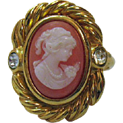 Signed Avon Vintage Sentimental Cameo Ring 1994 Unworn BOOK