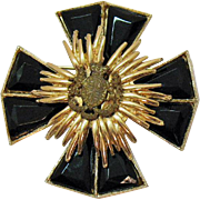 Unusual Signed Accessocraft Maltese Cross Figural Lion Crest Brooch