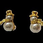 Adorable Vintage Faux Pearl Cabochons Figural Snow Man Clip Earrings