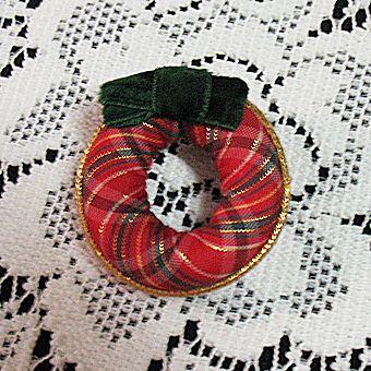 Vintage Christmas Wreath Brooch Pin Velvet Ribbon Signed Avon