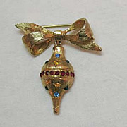 Awesome Vintage Christmas Ornament Brooch/Pin
