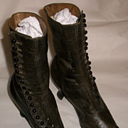 Victorian Button Green Boots Size 8