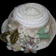 Vintage White Straw Hat !