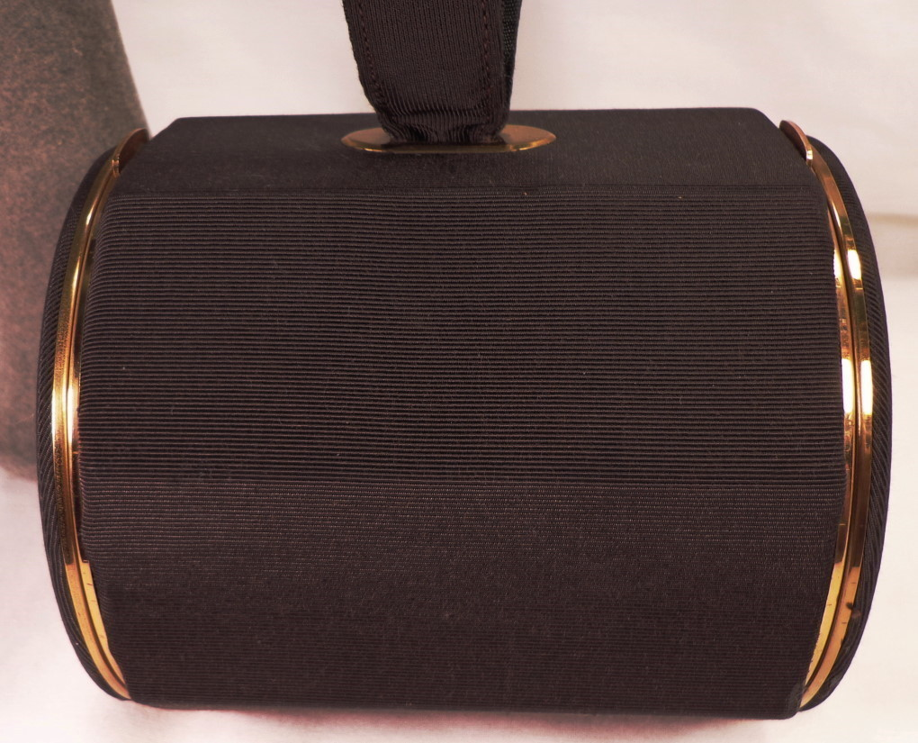 Vintage Black Faille  Octagon Vanity Purse By Lin Bren With Accessories