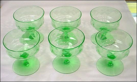 5+ Green Uranium Glass Stems with Diamond Optic