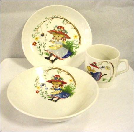 Exceedingly Adorable Very Old Little Miss Muffett 3 Piece Feeding Set