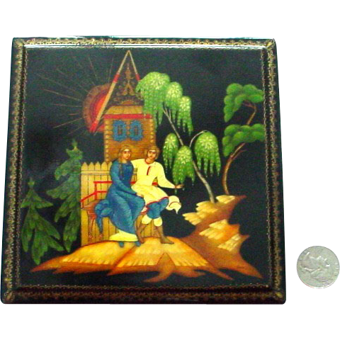 Large Signed Handpainted Russian Lacquer Box Leah's Song Romancing Couple