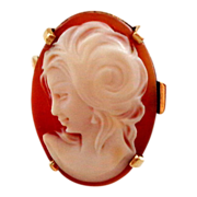 Pretty 14K and Shell Cameo Ring Sz 7 1/4