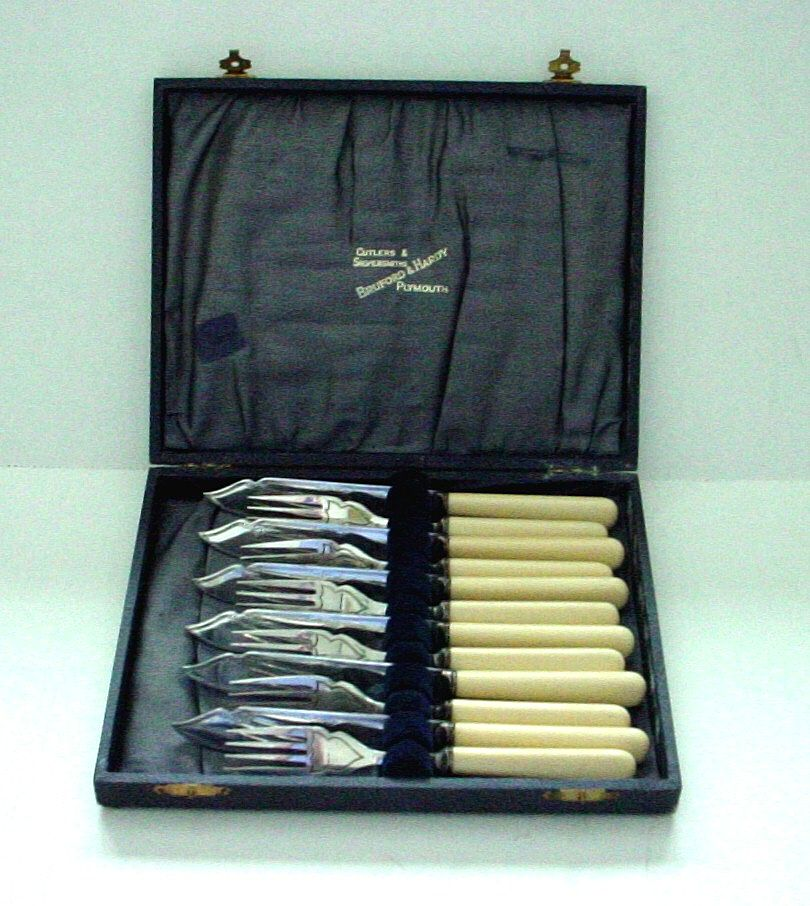 English Sheffield Silverplate Boxed Fish Set with Faux Ivory Handles