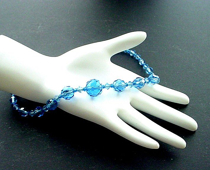 Vintage Brilliant Faceted Blue Crystal Necklace