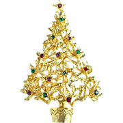Sweet Christmas Tree Pin - Unsigned