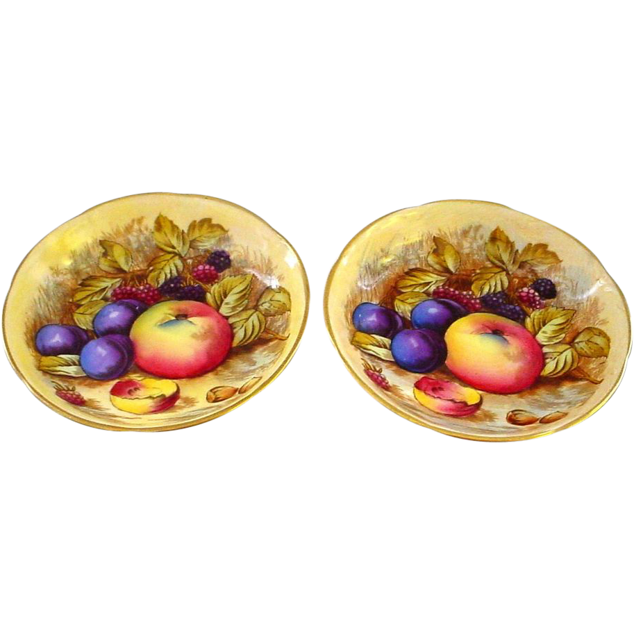 Pair of Aynsley Allover Orchard Fruit Decorated Dishes signed D.Jones
