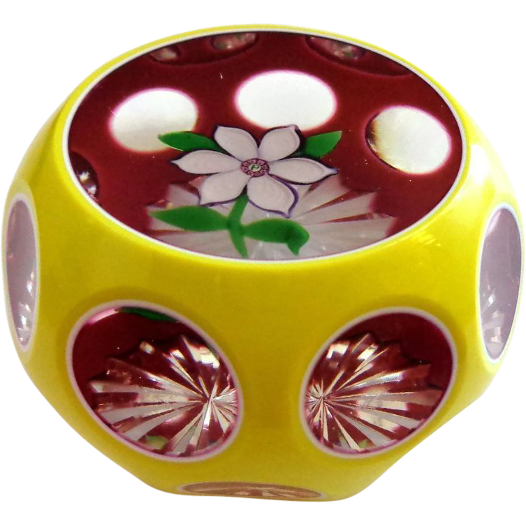 Early 1977 Perthshire TRIPLE Overlay Anemone Paperweight