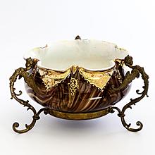 Rare  Loetz  Circa  1890  Marmoriertes Bowl In Ornate Winged Figural Armature
