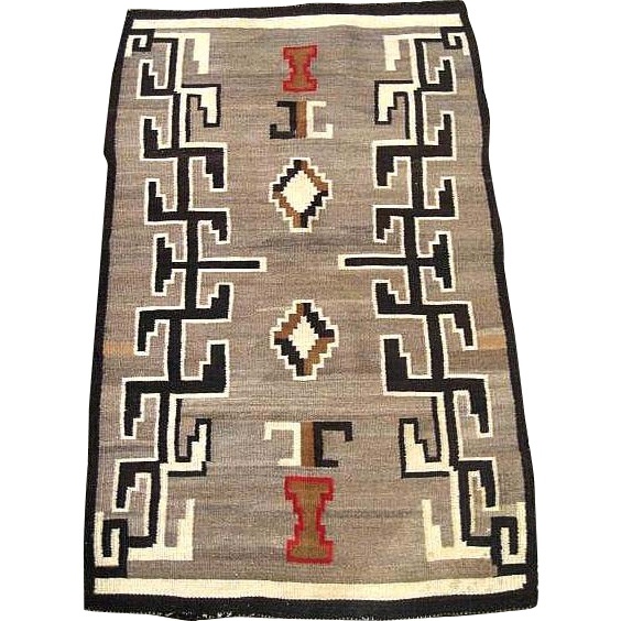 Vintage Circa 1900 Navajo Native American Indian Rug