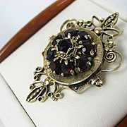 Exceptional Vintage Lady's Ornate 14K Garnet Brooch / Pendant