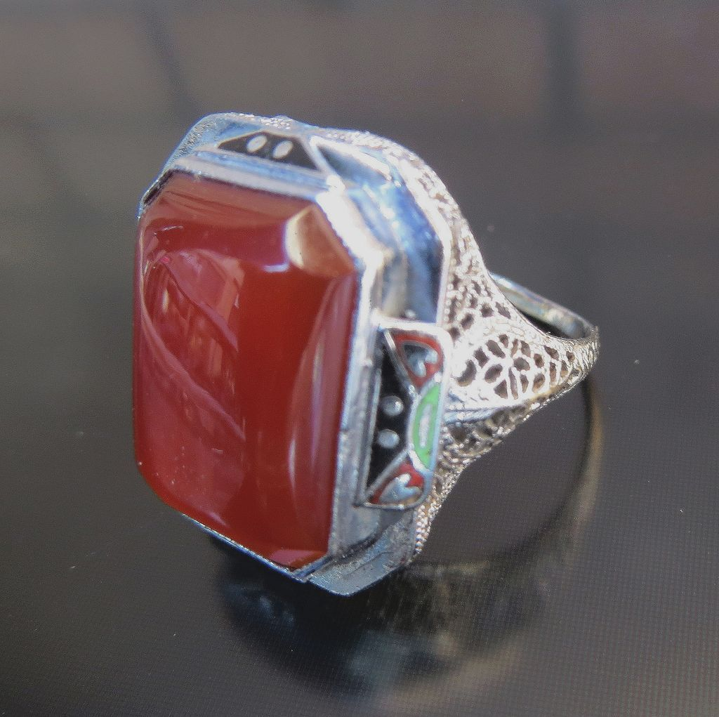 Lady's 14K Art Deco Enameled Carnelian Ring