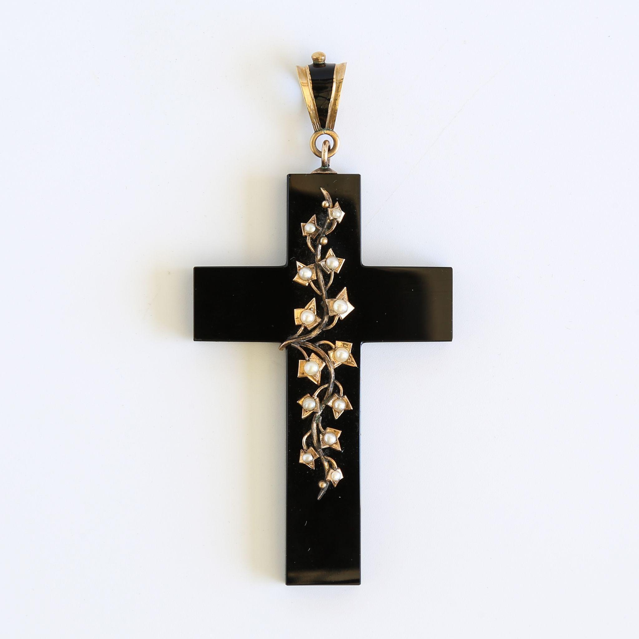 Circa 1880 Antique 15K Black Onyx & Pearl Cross