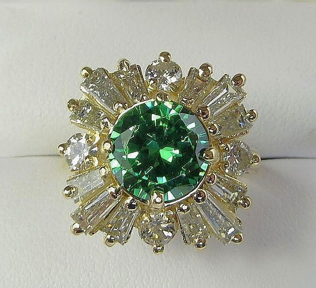 Exquisite Lady's Vintage Natural Green Zircon & Diamond 14K Ring