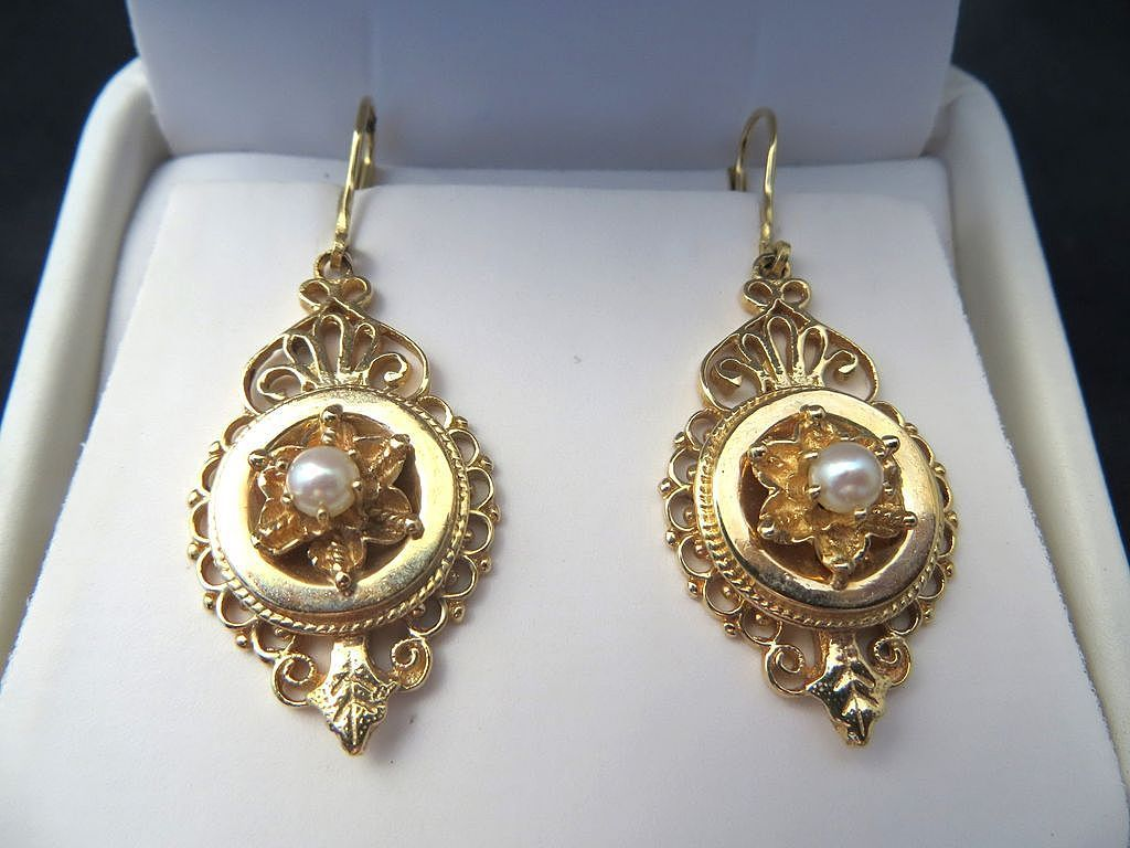 Lady S Circa 1900 Antique 14k Pearl Earrings From The
