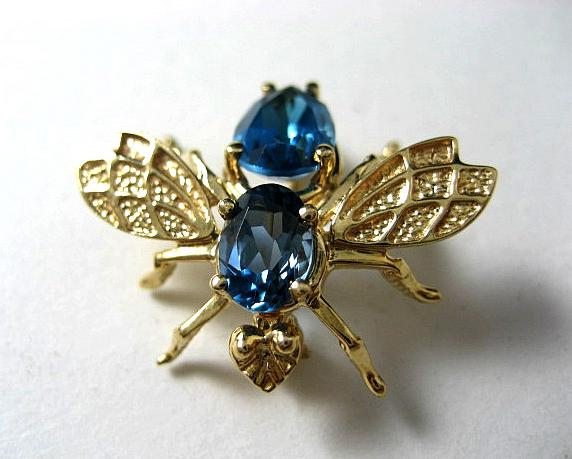 Lady's 14k Topaz Brooch In The Form Of A Bee