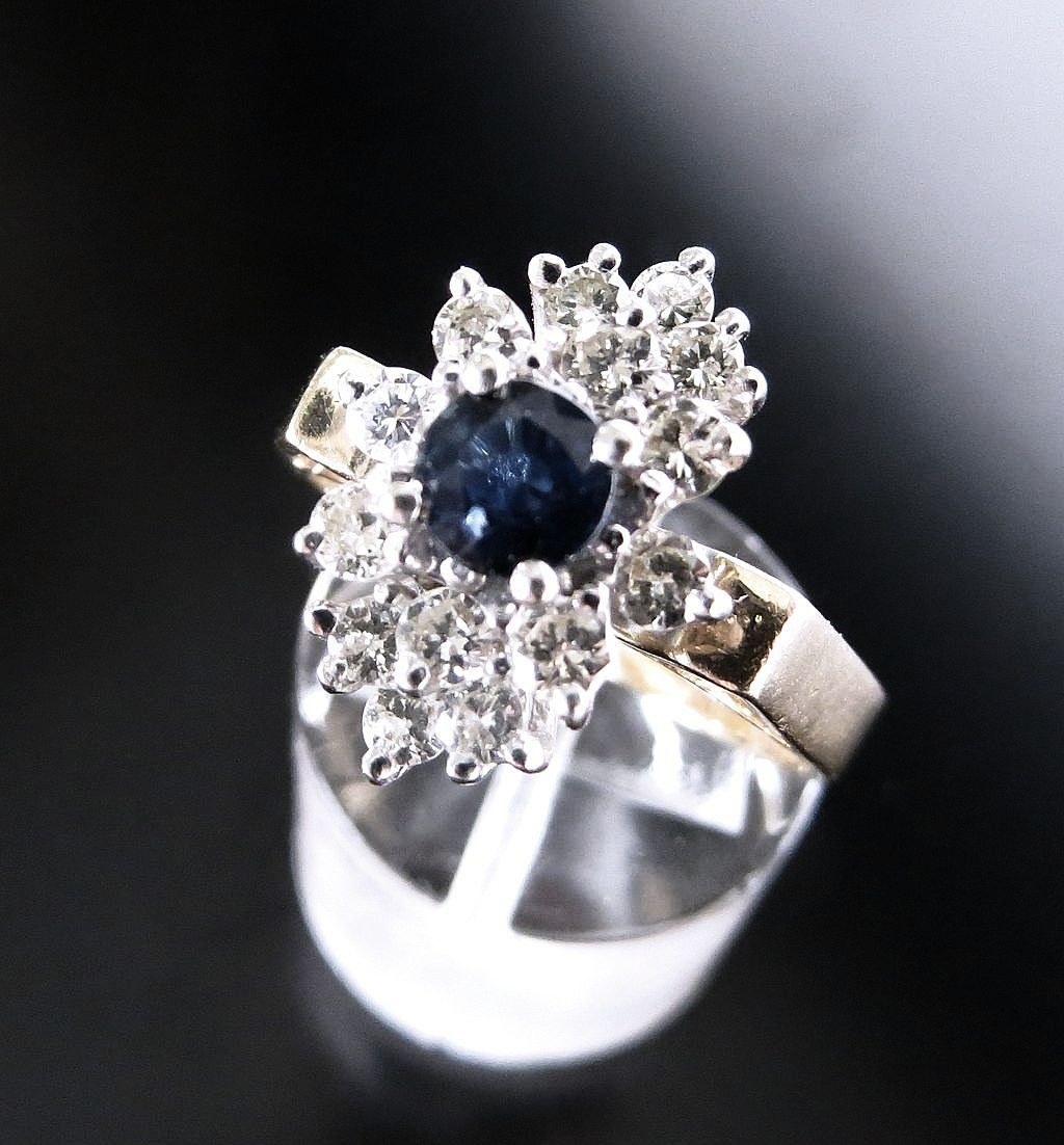 Lady's Vintage 14K Diamond & Sapphire Ring