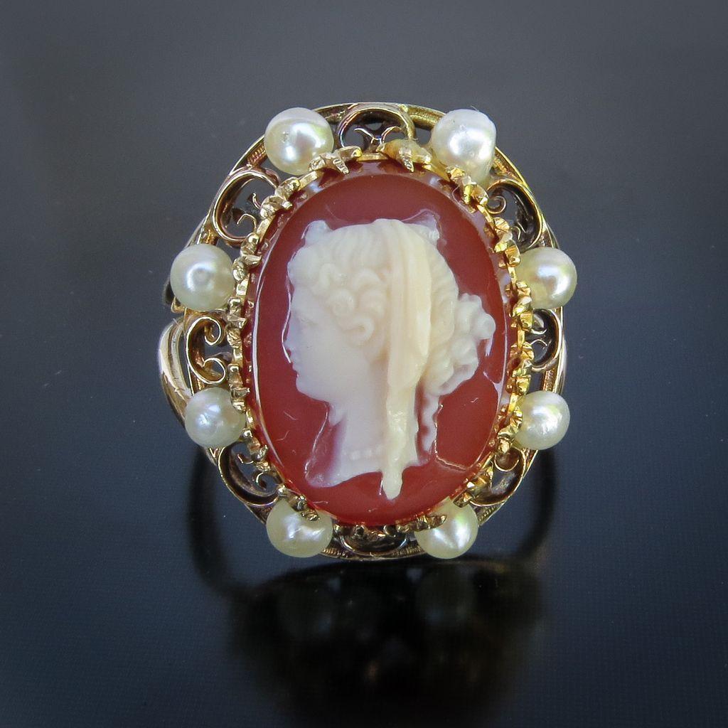 Circa 1880 Lady's 14K  Carnelian Hard Stone Cameo Ring