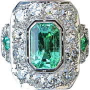 Magnificent Antique Circa 1900 Lady's  Platinum Emerald & Diamond Ring