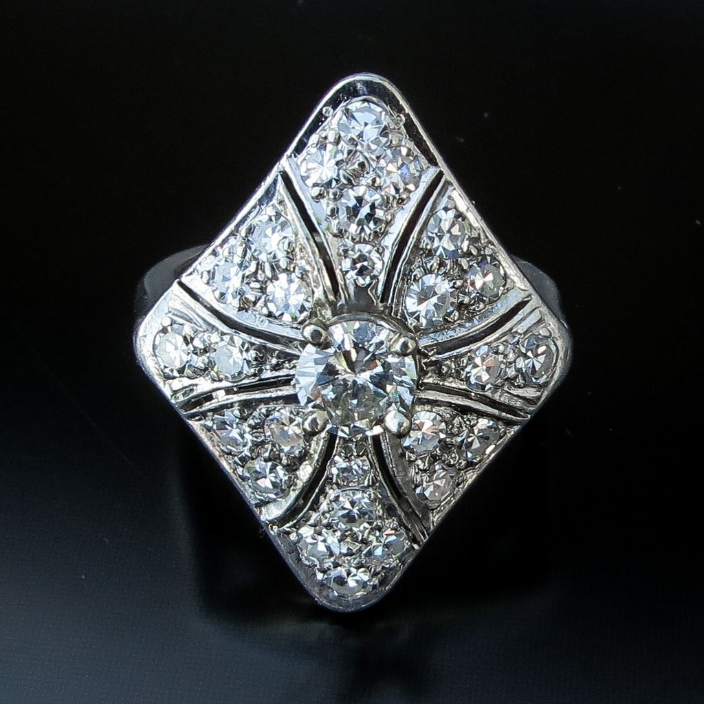 Lady's Antique Edwardian Platinum Diamond Ring
