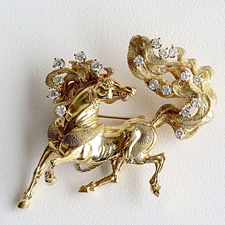 Exceptional Lady's Vintage Custom 14K & Diamond Horse Brooch