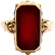 Antique Lady's 14K Carnelian Ring