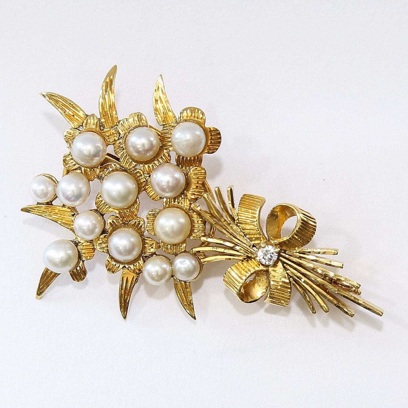 Lady's Vintage 18K Pearl & Diamond Brooch