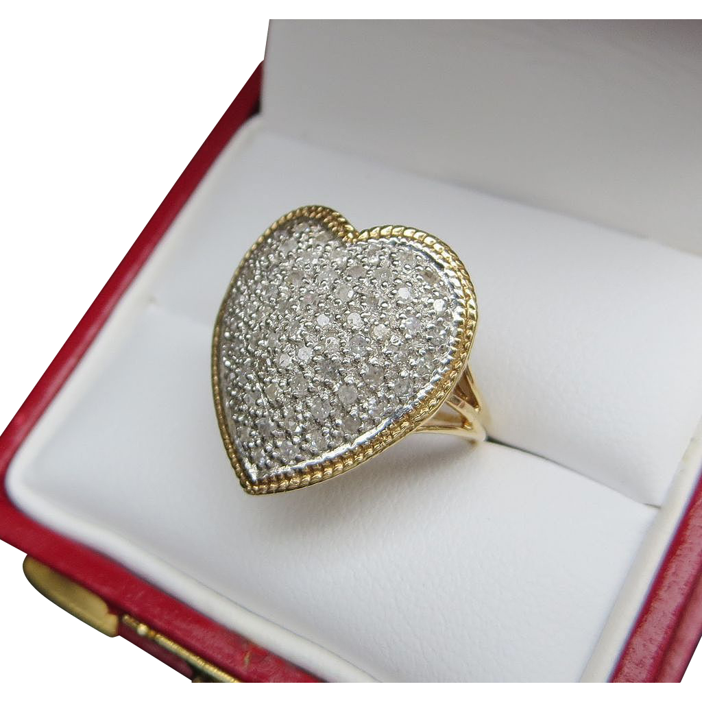 Lady's Vintage 14K Heart Shaped Pave Diamond Ring
