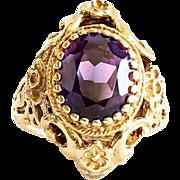 Beautiful Lady's Vintage 10K Alexandrite Ring